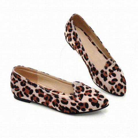 Sexy and Fashion Leopard Print Pointed Head Design Women's Flat Shoes - BEIGE 35