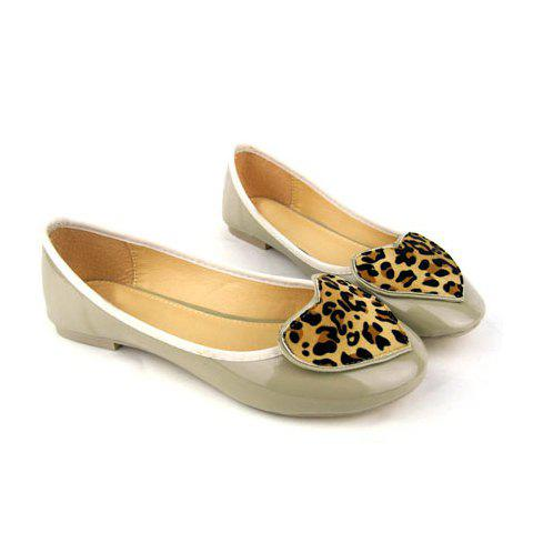 Loving Heart and Leopard Print Design Women's Flat Shoes - APRICOT 36