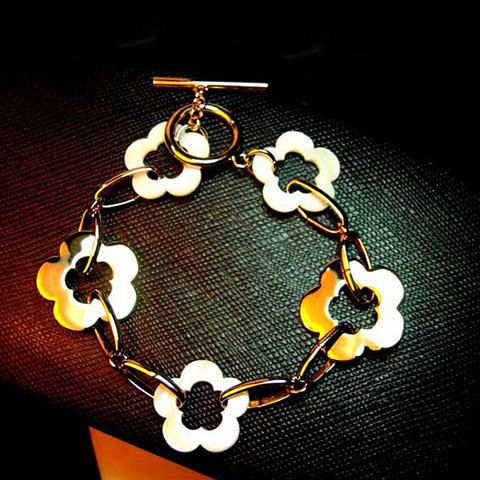 Flower Shape Hollow Out Alloy Bracelet - AS THE PICTURE