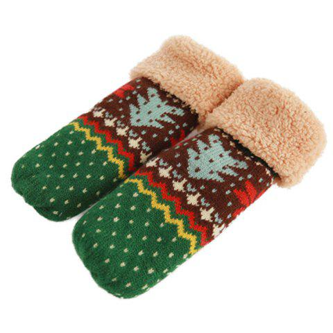 Pair of Vintage Christmas Tree Pattern Knitting Yarn Winter Gloves For Women - COLOR ASSORTED