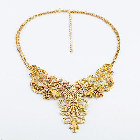 Openwork Flower Shaped Pendant Necklace - GOLD