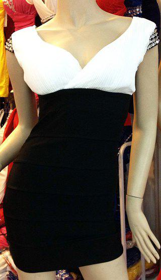 Sexy V-Neck Backless Cap Sleeve Beaded Color Block Dress For Women - WHITE/BLACK ONE SIZE