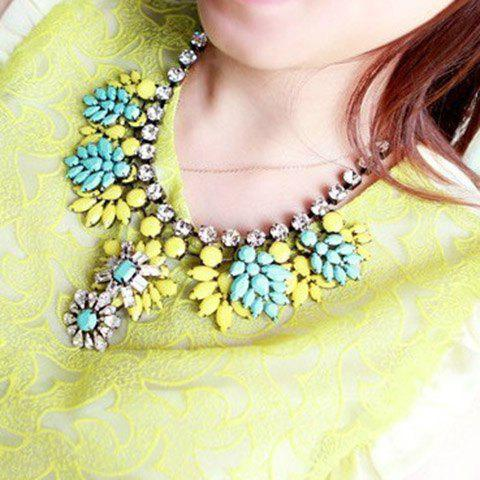Fluorescence Color Floral Shape Pendant Necklace - RANDOM COLOR