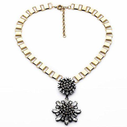 Stylish Crystal Transparent Flower Pendant Necklace For Women