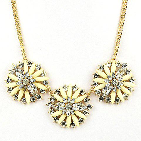 Sweet Cute Women's Bright Color Rhinestone Blossom Pendant Necklace - BEIGE