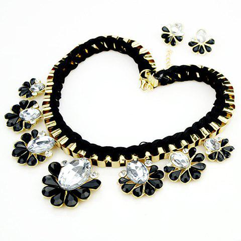 Fresh Women's Flower Pendants Embellished Necklace and A Pair of Earrings - BLACK