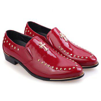 Fashionable Patent Leather and Rivets Design Brogues For Men - RED 43