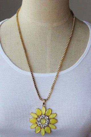 Attractive Faux Gem Embellished Daisy Shape Pendant Sweater Chain Necklace For Women - YELLOW