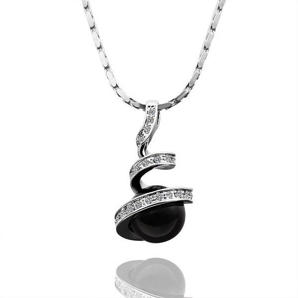 Trendy Rhinestoned Black Pearl Platinum Plated Necklace -