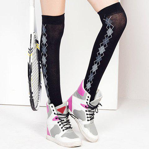 Pair of Chic Women's Argyle Pattern Side Knitted Stockings - BLACK
