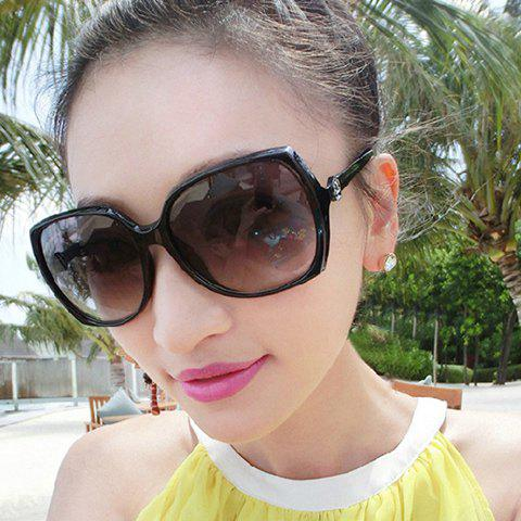 Chic Flower Shape Embellished Big Frame Women's Sunglasses - COLOR ASSORTED