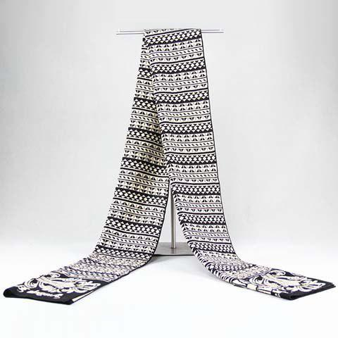 Stylish Retro Cross and Small Triangle Pattern Warmth Scarf For Men - WHITE/BLACK