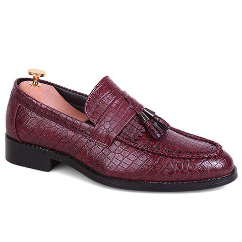 Stylish Crocodile Print and PU Leather Design Formal Shoes For Men - WINE RED 42