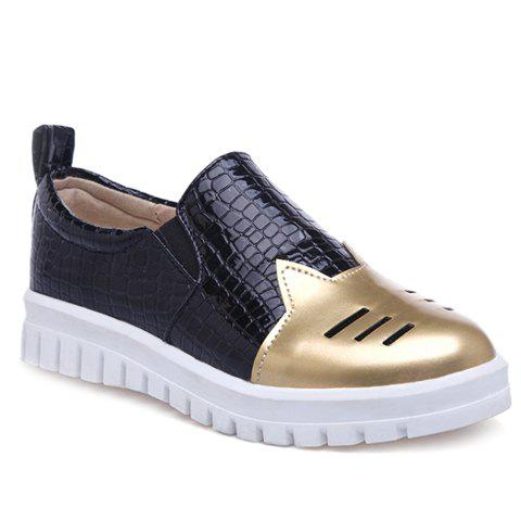 Casual PU Leather and Crocodile Print Design Women's Flat Shoes - GOLDEN 36