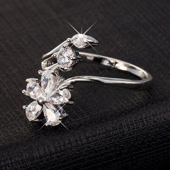 Graceful Rhinestone Flower Shape Hollow Out Ring For Women - SILVER ONE-SIZE