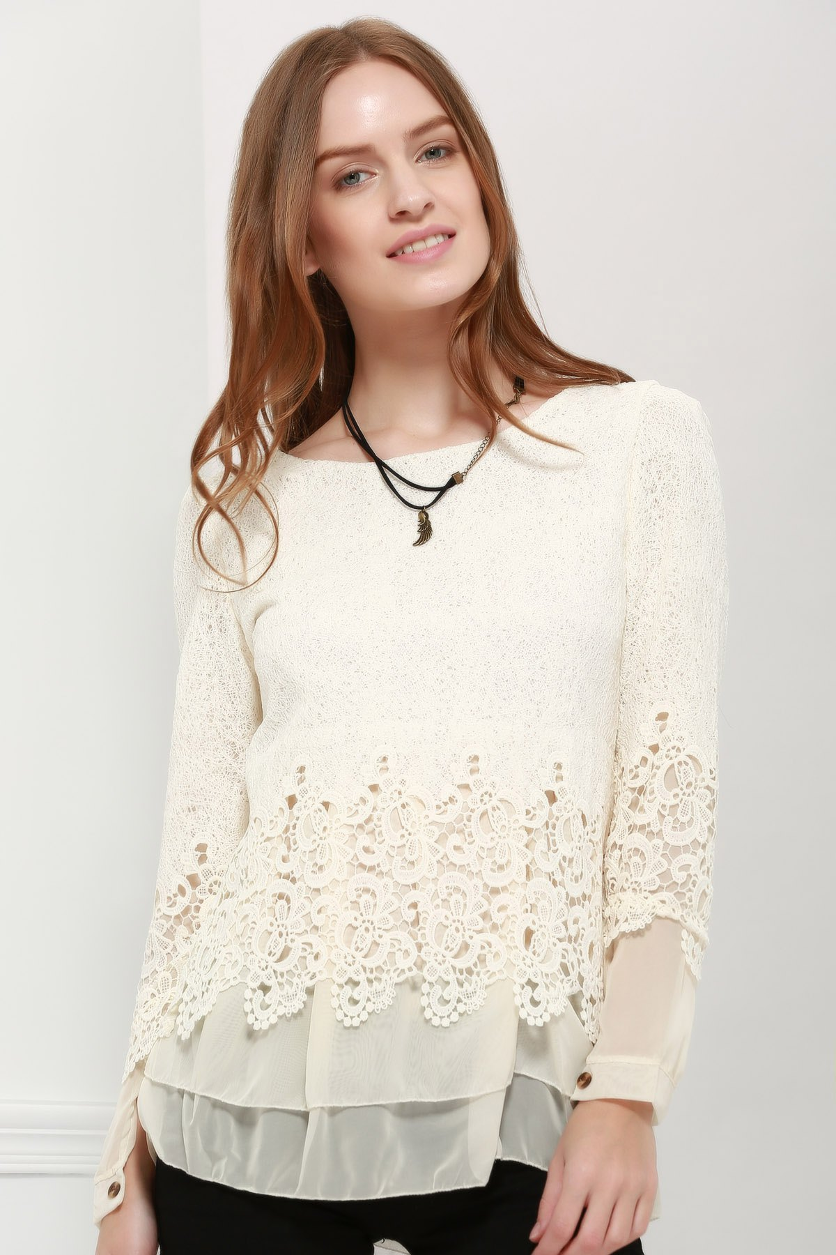 Women's Sweet Scoop Neck Lace Splicing Long Sleeve T-Shirt - OFF WHITE L