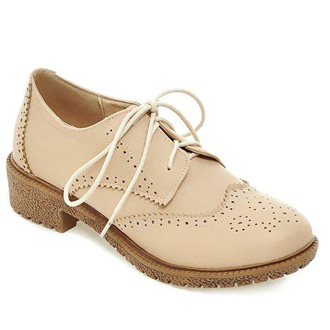 Vintage Engraving and Lace-Up Design Women's Flat Shoes - OFF WHITE 39