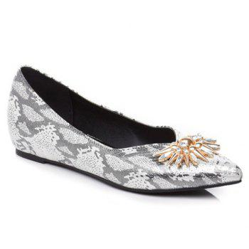 Elegant Rhinestone and Pointed Toe Design Flat Shoes For Women - GREY AND WHITE GREY/WHITE