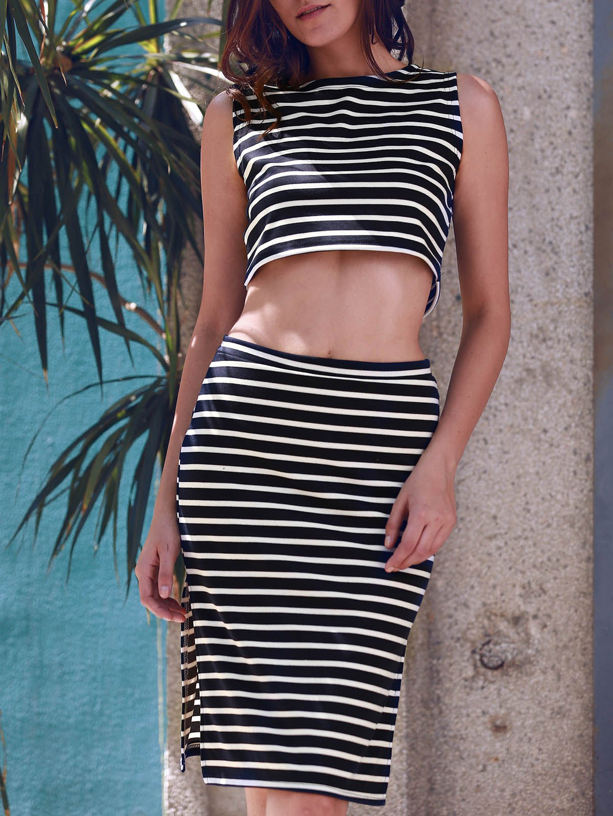 Stylish Sleeveless Crop Top and Striped Skirt Suit For Women - STRIPE M