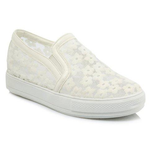 Sweet Floral Pattern and Lace Design Women's Flat Shoes - WHITE 39