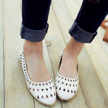 Leisure Hollow Out and Solid Colour Design Women's Flat Shoes - WHITE 39