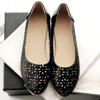 Simple Round Toe and Hollow Out Design Women's Flat Shoes - 38 38