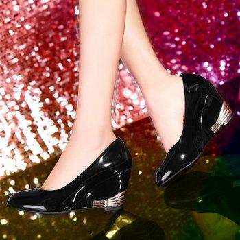 Fashionable Round Toe and Patent Leather Design Women's Wedge Shoes - BLACK 38