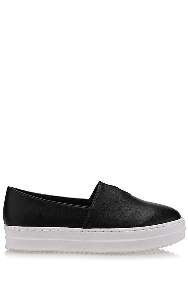 Simple Round Toe and Slip-On Design Flat Shoes For Women - BLACK 38