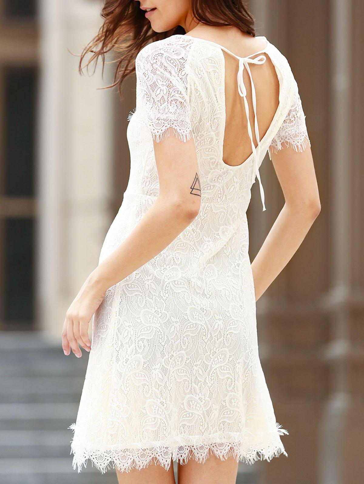 Chic Short Sleeve Scoop Neck Cut Out Women's Lace Dress - WHITE L