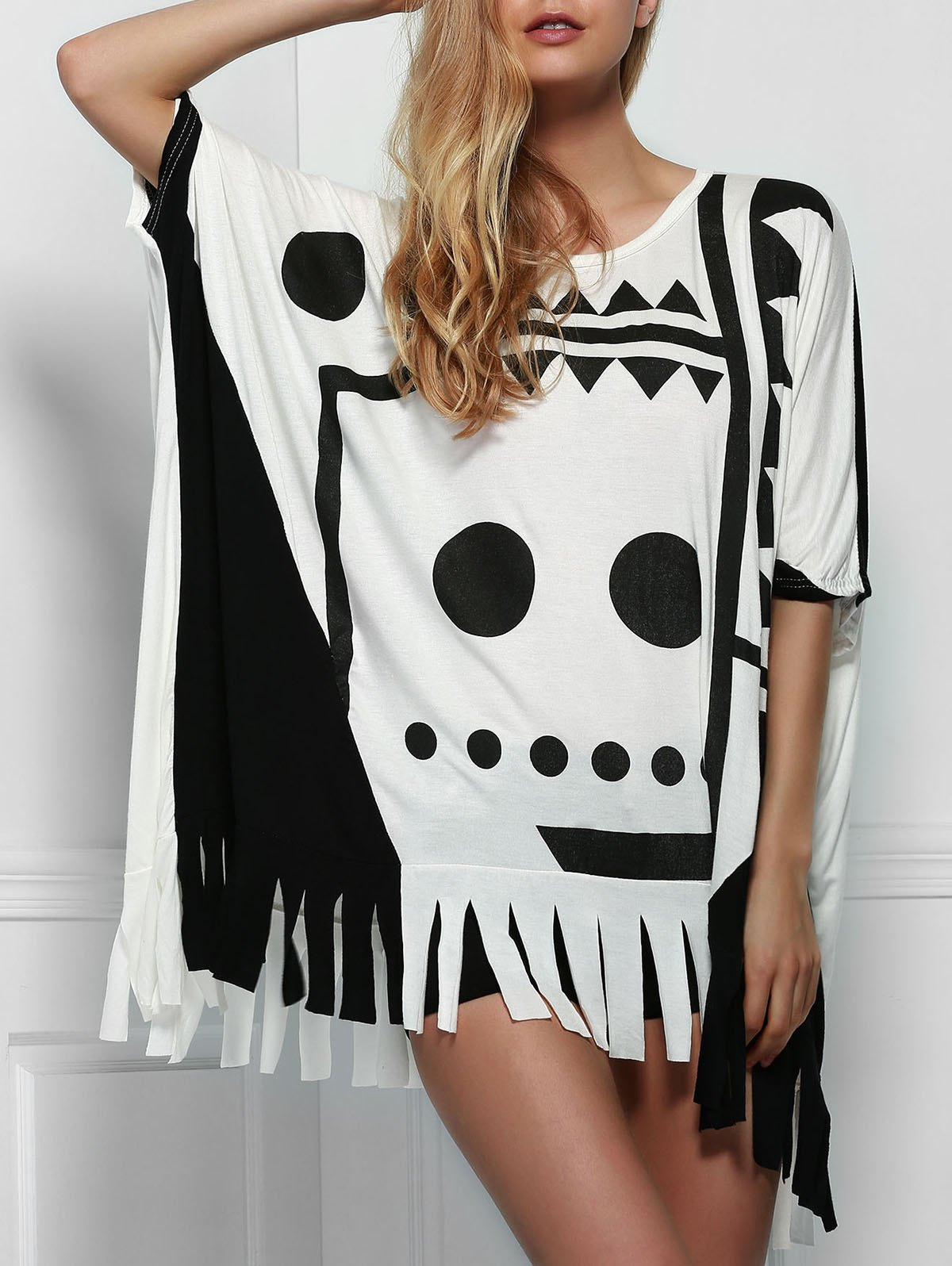 Stylish Scoop Neck Batwing Sleeve Printed Fringed Women's T-Shirt
