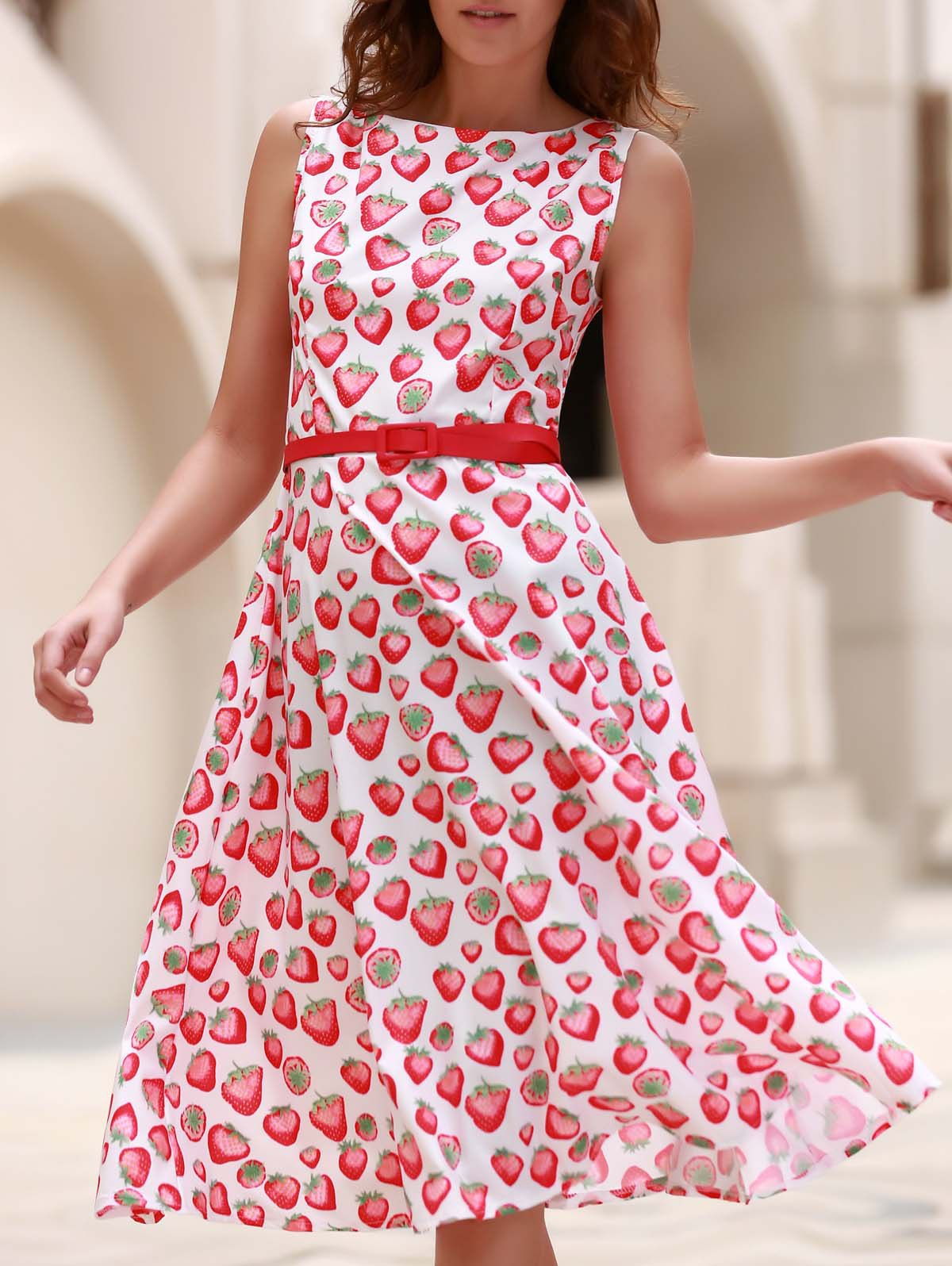 Vintage Women's Jewel Neck Sleeveless Strawberry Print Flare Dress - RED S