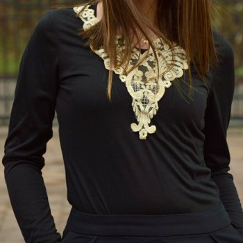 Fashionable V-Neck Lacework Splicing Long Sleeve T-Shirt For Women - L L