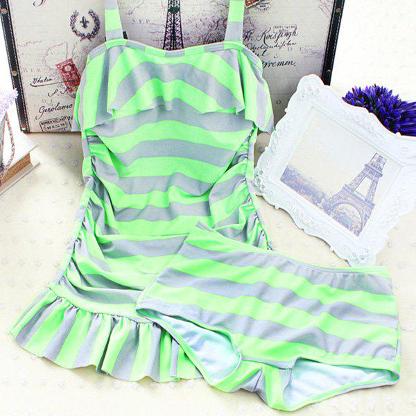 Sweet Women's Push Up Striped Two Piece Swimsuit - LIGHT GREEN M