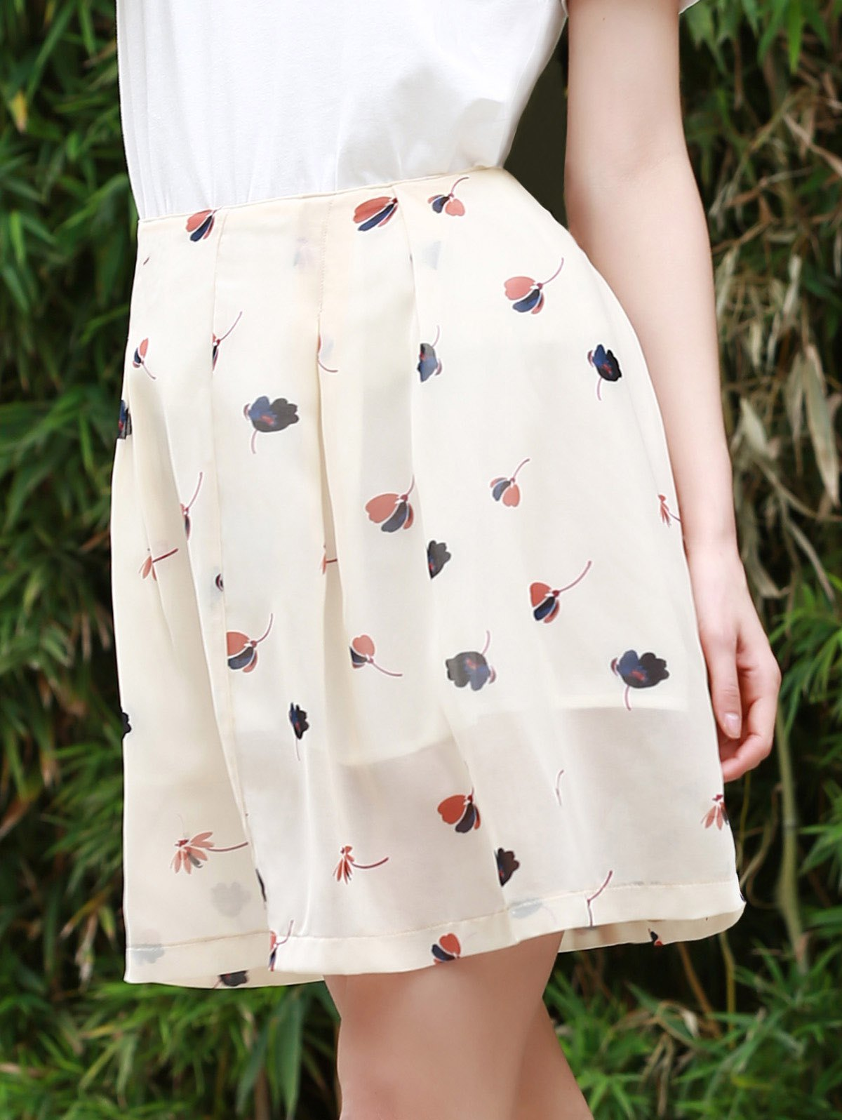 Sweet Women's Buttoned Floral Print A Line Skirt - BEIGE S
