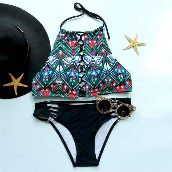 Trendy Halter Printed Cut Out Bikini Suit For Women - COLORMIX S