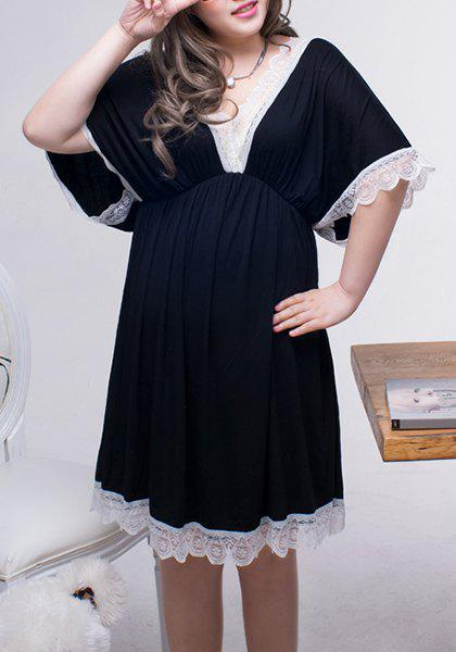 Stylish V Neck Lace Splicing Half Sleeve  Women's  Plus Size Babydoll