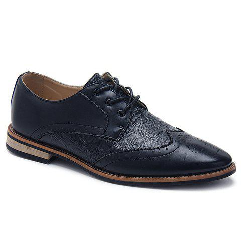 Fashionable Embossing and Engraving Design Mens Casual ShoesShoes<br><br><br>Size: 41<br>Color: DEEP BLUE