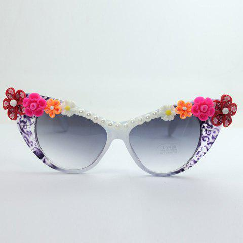 Chic Flower Shape Embellished Hot Summer Women's Cat Eye Sunglasses - WHITE