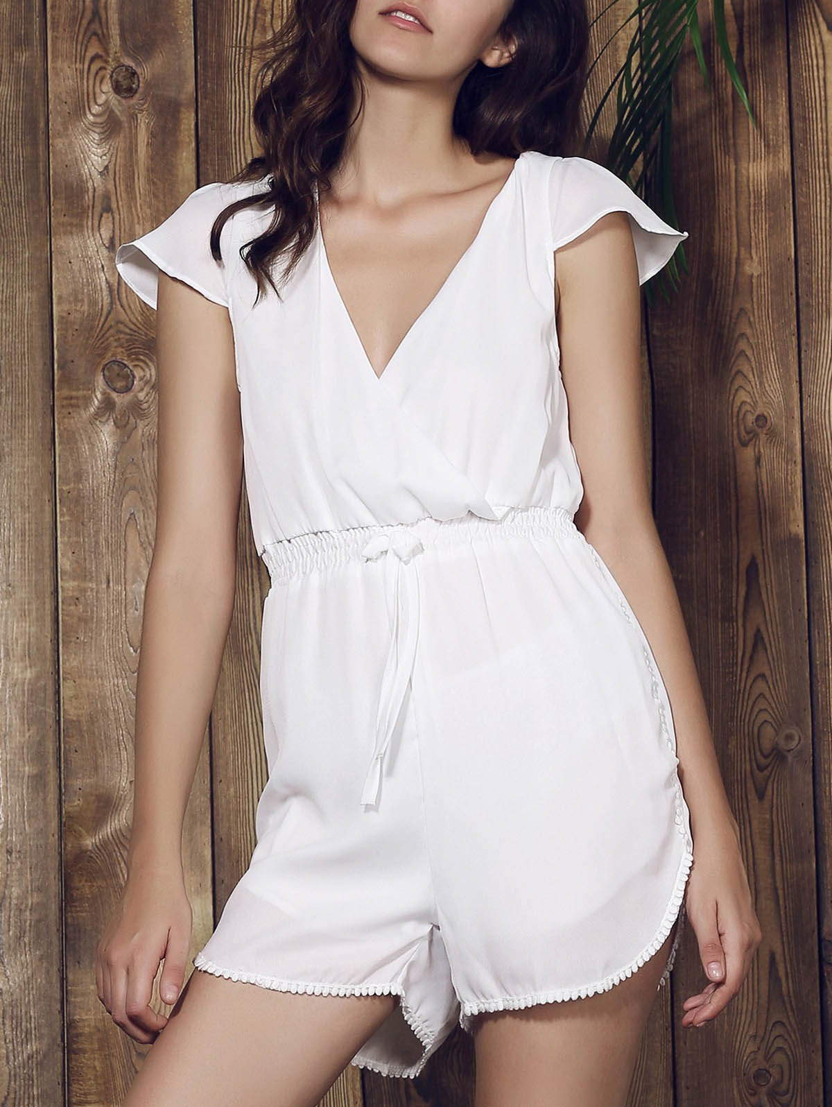 Sexy Plunging Neck Solid Color Tassel Embellished Short Sleeve Women' Romper - WHITE M