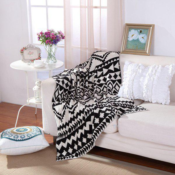 Fashionable Black White Color Jacquard Weave Cotton Knitted BlanketHome<br><br><br>Size: W35.43INCH*L43.3INCH<br>Color: WHITE AND BLACK