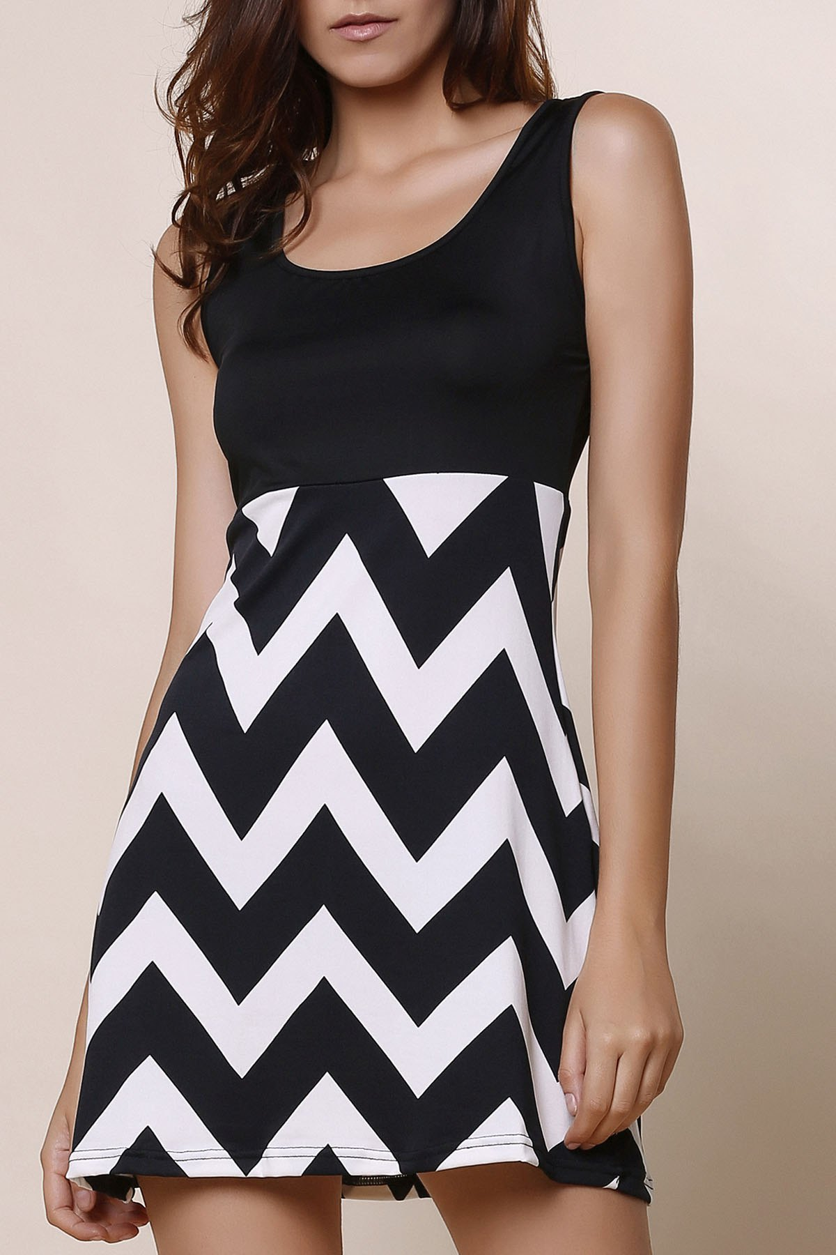 Stylish Women's Scoop Neck Sleeveless Zig Zag A-Line Dress - BLACK L