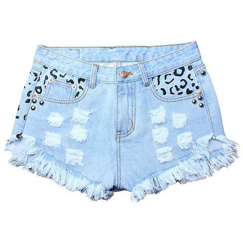 Street Style Women's Hole Design Rivet Embellish Fringed Denim Shorts - LIGHT BLUE M