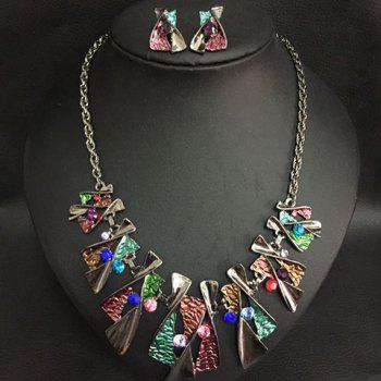 X-Shaped Pendant Necklace With A Pair of Earrings