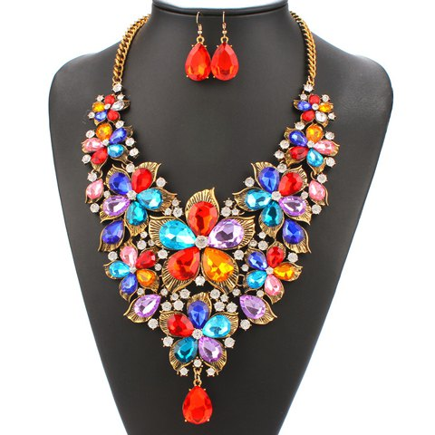 A Suit of Faux Pearl Rhinestone Blossom Necklace and Earrings