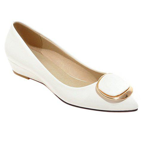 Sweet Metal and Patent Leather Design Women's Wedge Shoes - 35 WHITE