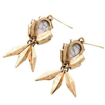 Pair of Rivet Faux Gem Geometric Earrings -  GOLDEN