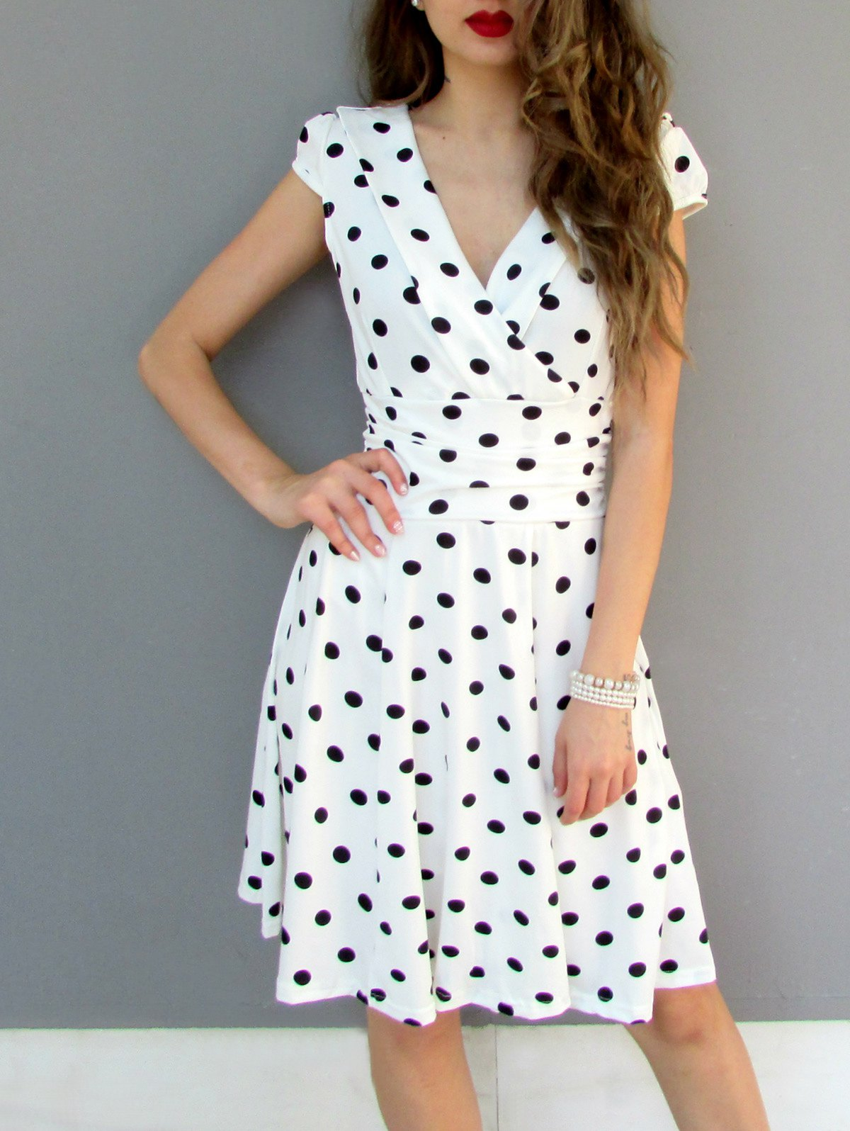 Stylish Short Sleeve V-Neck Polka Dot Dress For Women - WHITE L