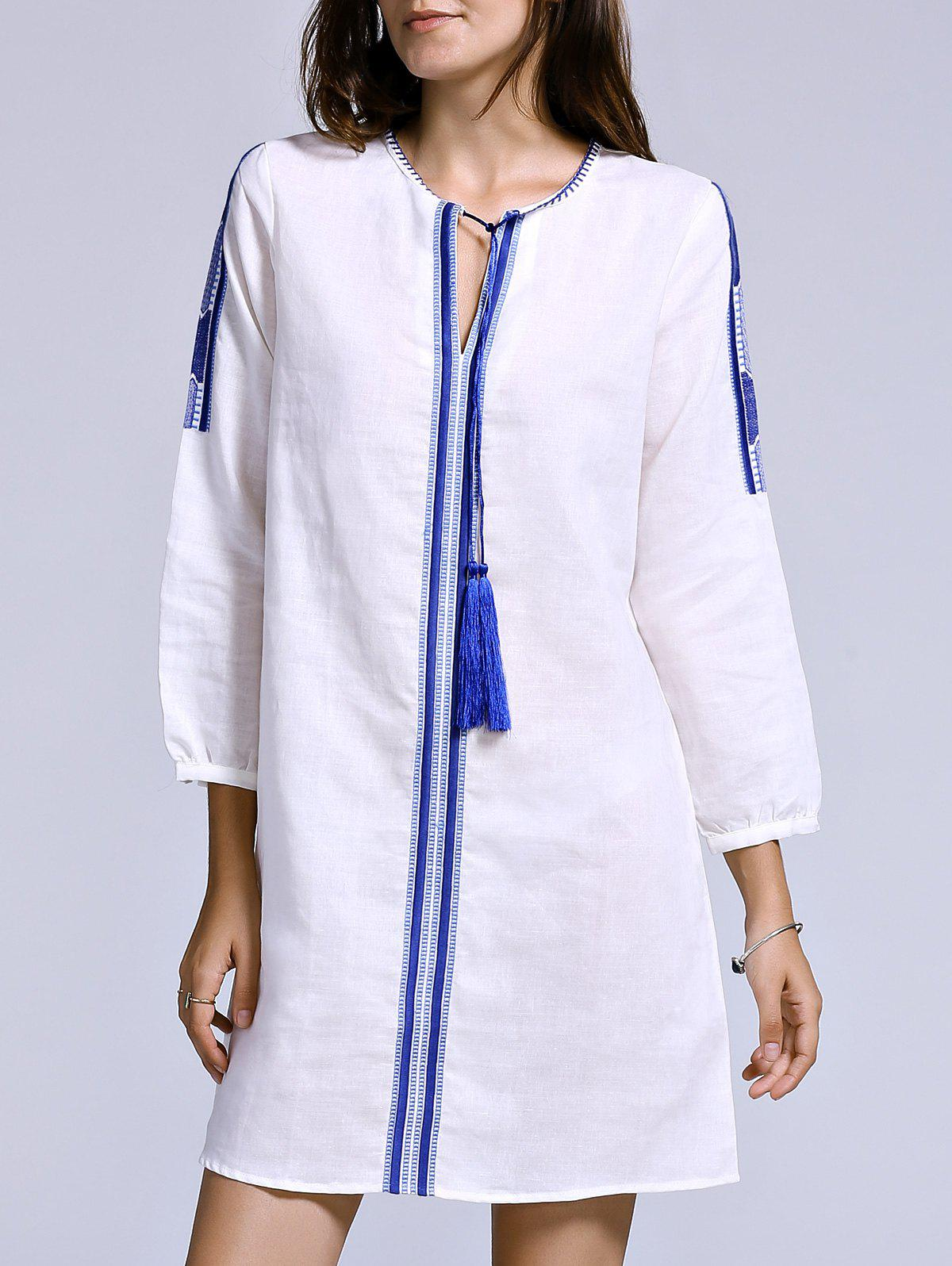 Round Neck Tassel Embellished Ethnic Style Womens Embroidered DressWomen<br><br><br>Size: L<br>Color: WHITE