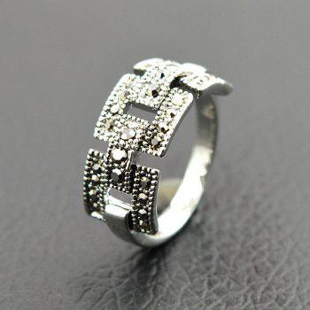 Rivet Hollowed Buckle Ring