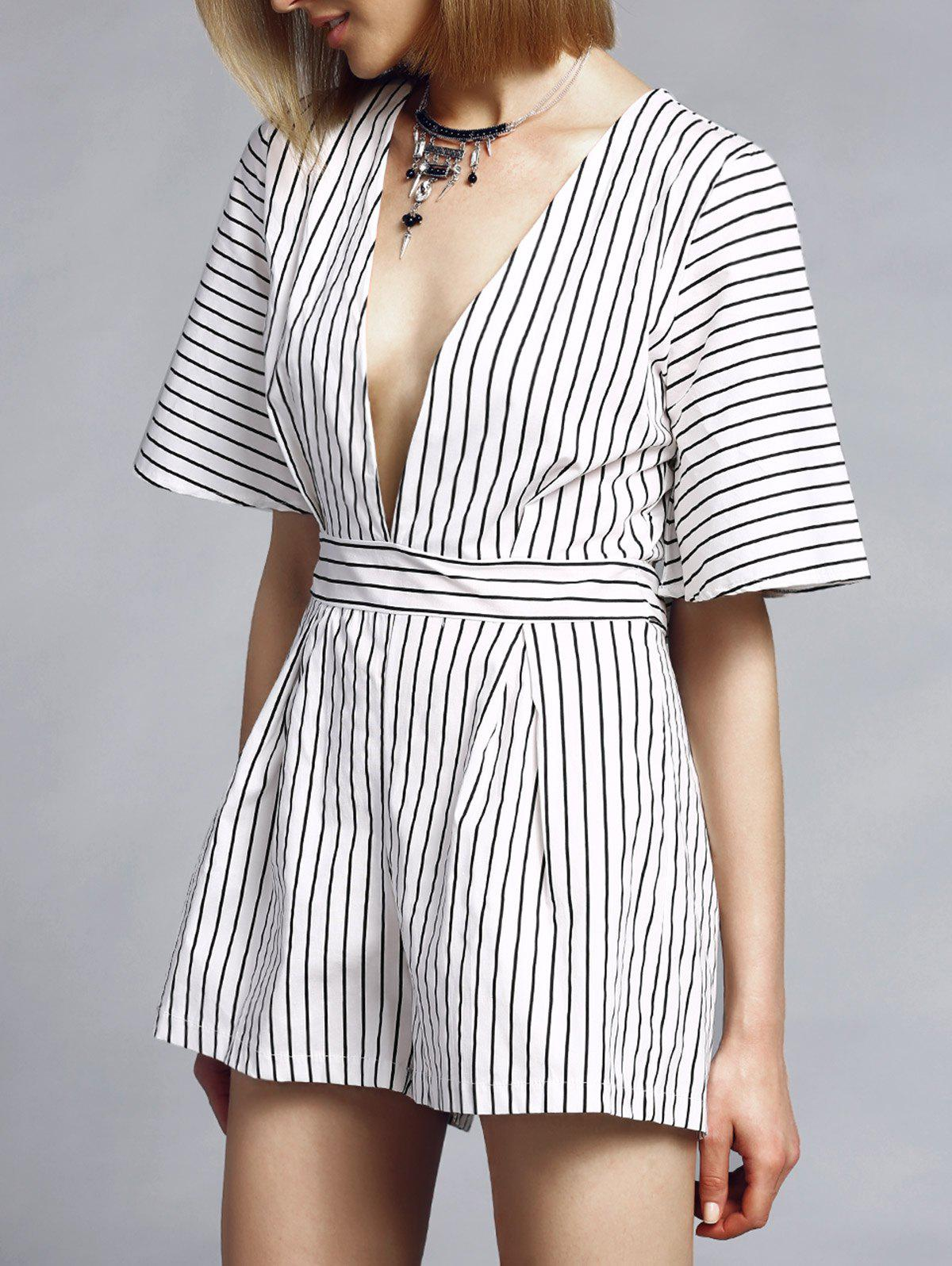 Trendy Short Sleeve Plunging Neck Striped Women's Romper - WHITE XL